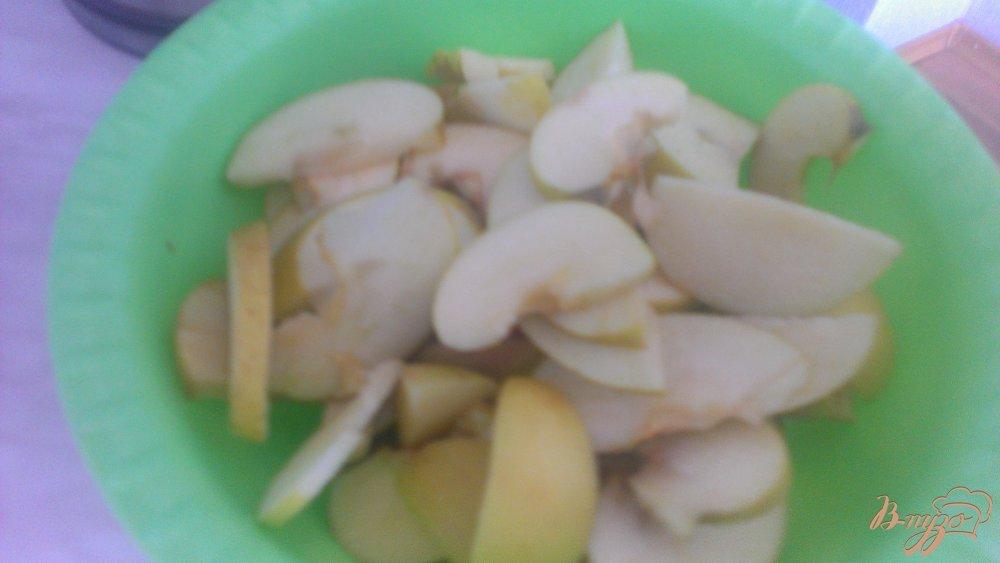 Фото приготовление рецепта: Компот из яблок с корицей шаг №1