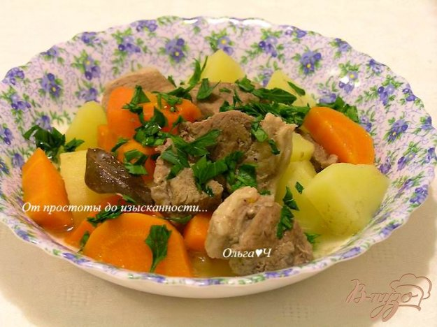 Баранина з овочами в мультиварці. Як приготувати з фото