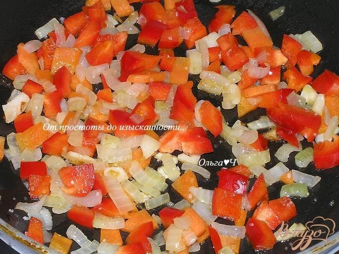 Фото приготовление рецепта: Паста с овощами шаг №2
