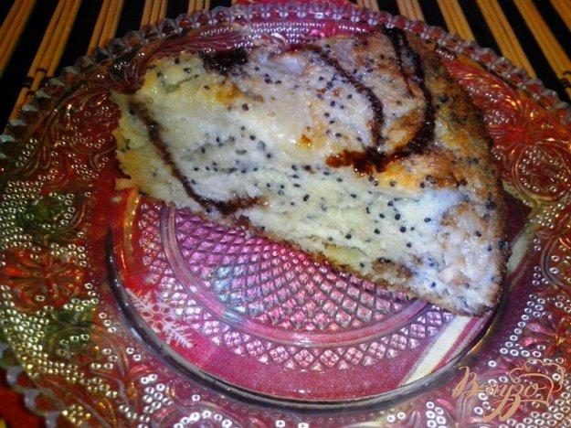 фото рецепта: Пирог с маком и яблоком