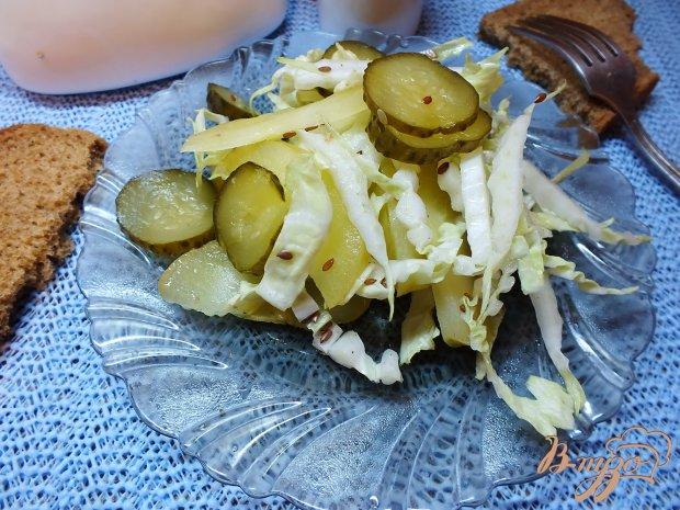 Салат из моченых яблок и пекинской капусты