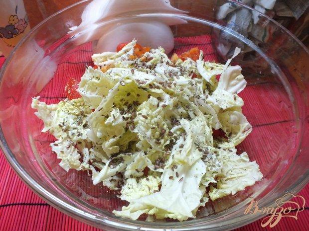 Салат из пекинской капусты с болгарским перцем и эстрагоном