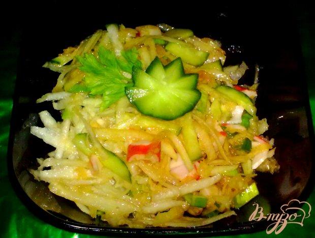 Салат из кольраби с китайским соусом