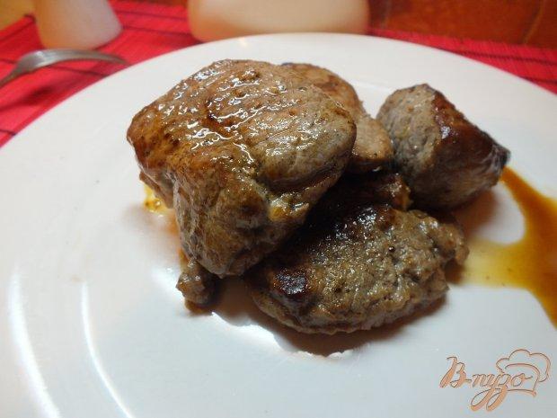 Красное мясо с корицей и мускатным орехом