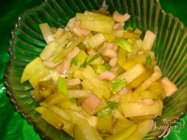 Салат из редьки с кальмаром