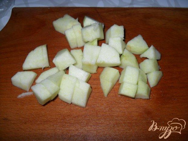Тыква с яблоками на сковороде