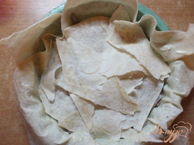 Пирог с отварной говядиной и луком