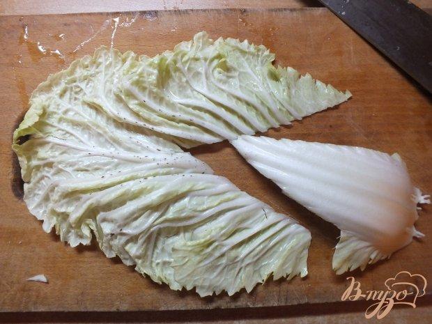 Салат из отварной говядины с гренками