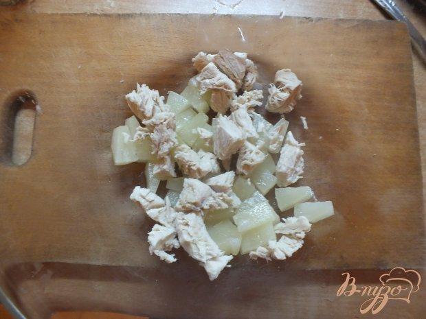 Салат с консервированным ананансом