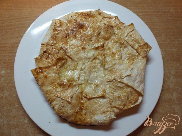 Сладкий пирог с ананасом и сыром