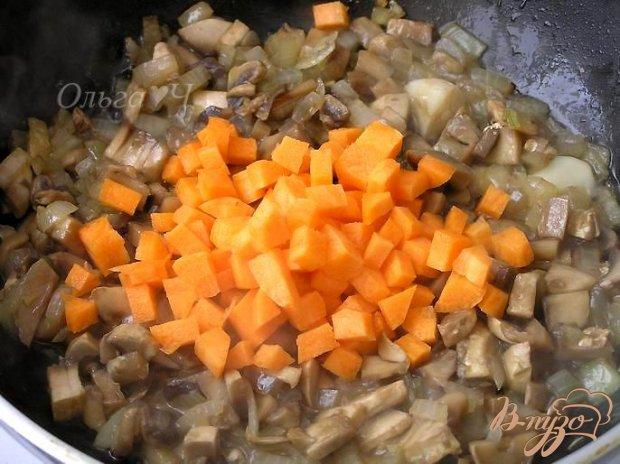 Овощное рагу с грибами и пшенкой