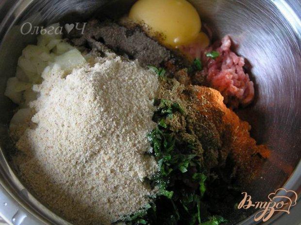 Кефте с йогуртовым соусом и рисом