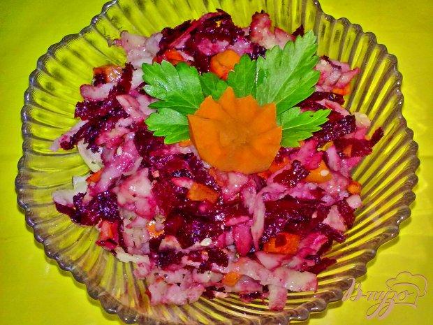 Салат из кольраби и свеклы
