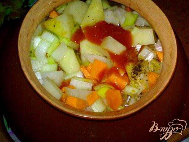 Картофель с дайконом в горшочке
