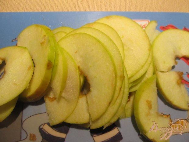 Блинная запеканка с яблоками