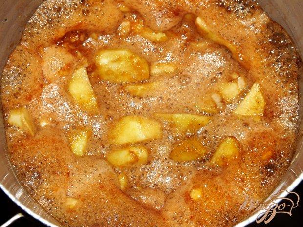 Пудинг с яблоками тоффи