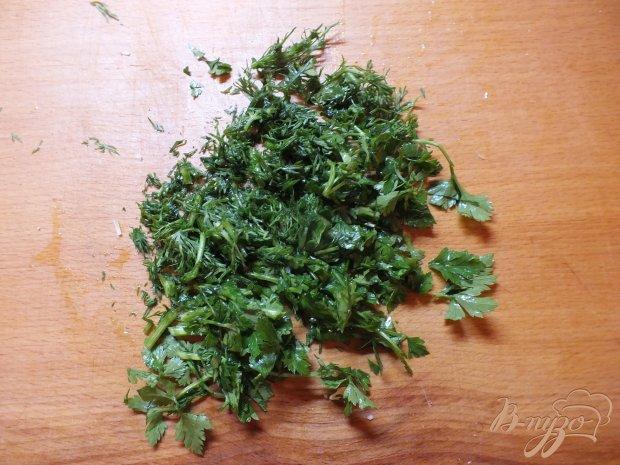 Салат овощной с изюмом и кунжутным маслом