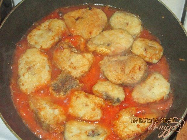 Хек в томатном соусе