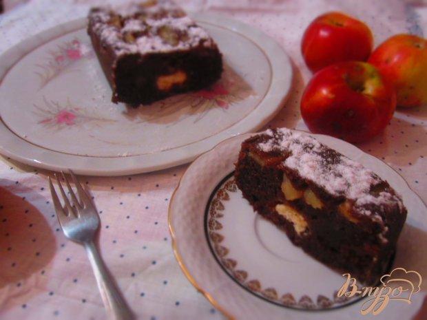 Пирог с яблоками и творожными шариками