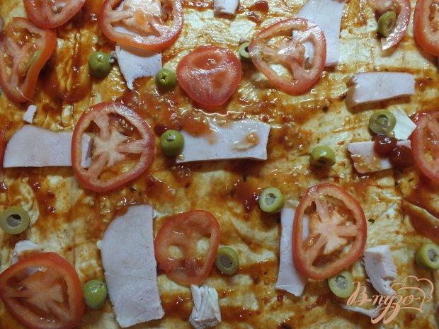 Пицца с салом и ветчиной