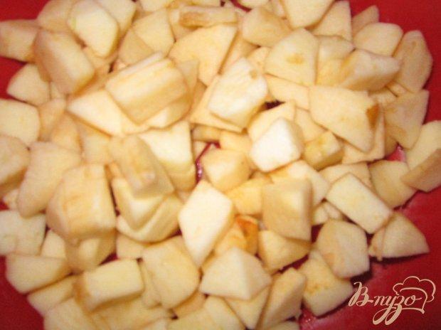 Шоколадные оладьи с яблоками