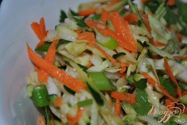Овощной салат с цукини