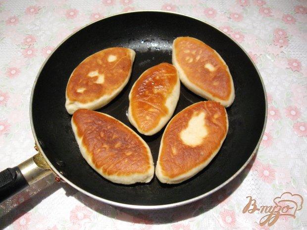 Жареные пирожки с картофелем и мясом