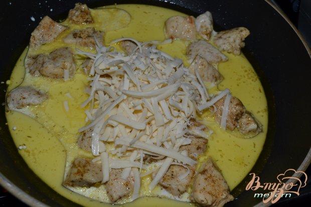 Куриное филе в сливочно-сырном соусе