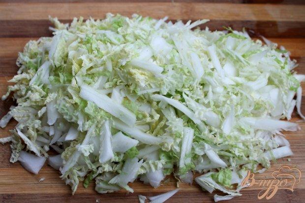 Салат из пекинской капусты и помидор