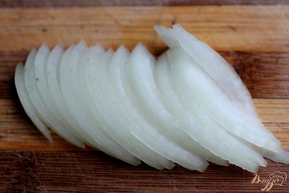 Фото приготовление рецепта: Овощи под сырным соусом шаг №2