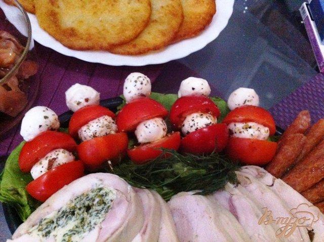Фото приготовление рецепта: Закуска по мотивам Капрезе шаг №6