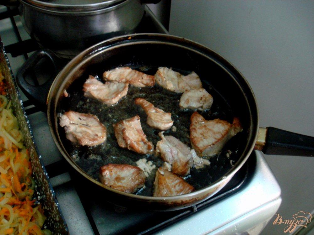 Фото приготовление рецепта: Рис с мясом шаг №4