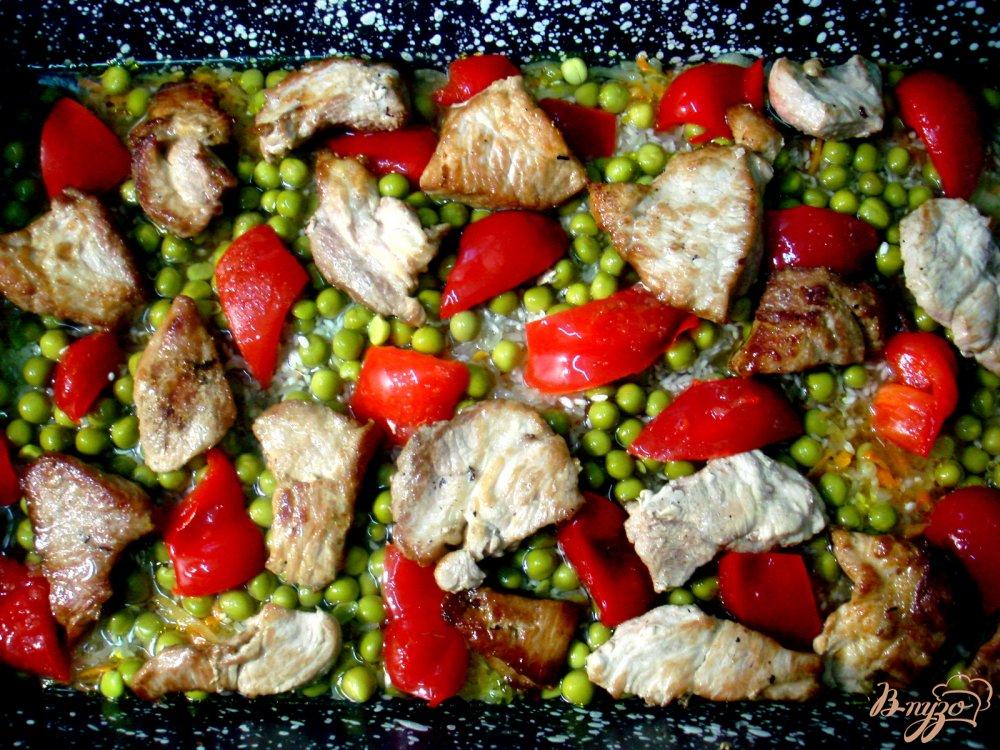 Фото приготовление рецепта: Рис с мясом шаг №7