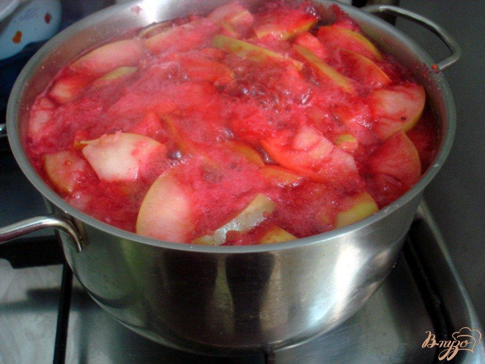 Фото приготовление рецепта: Кисель фруктовый шаг №4