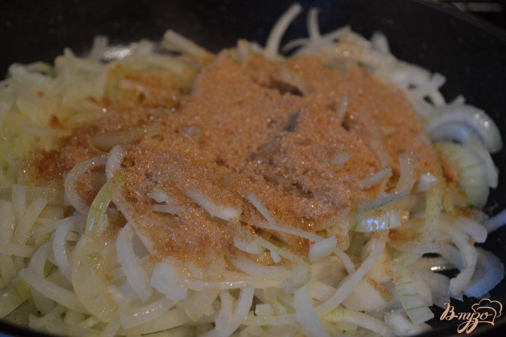 Фото приготовление рецепта: Луковый конфитюр шаг №1