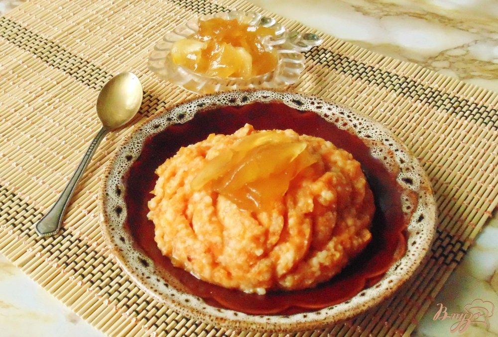 Фото приготовление рецепта: Тыквенная каша с пшеном и яблочным вареньем шаг №5
