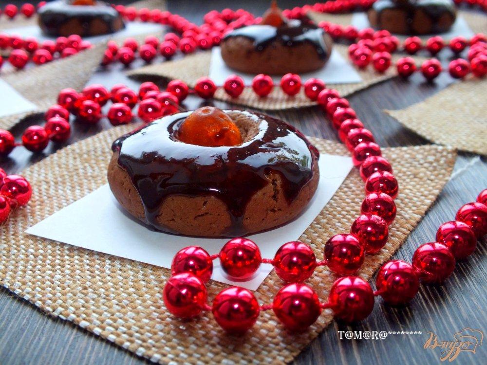 Фото приготовление рецепта: Шоколадное печенье с кумкватами шаг №9