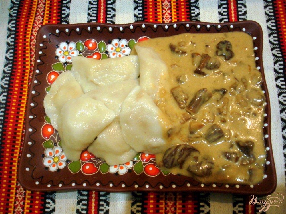 Фото приготовление рецепта: Мачанка из белых грибов и шампиньонов шаг №6