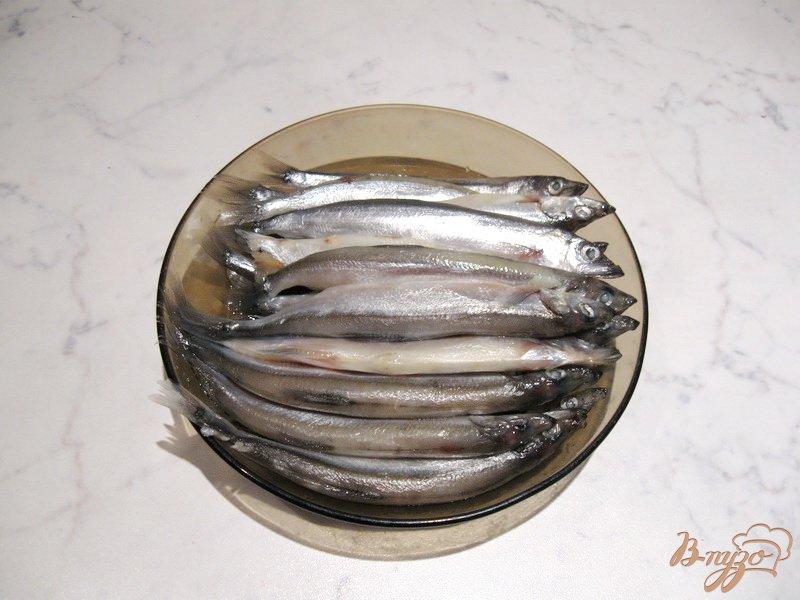 Фото приготовление рецепта: Жареная мойва шаг №1