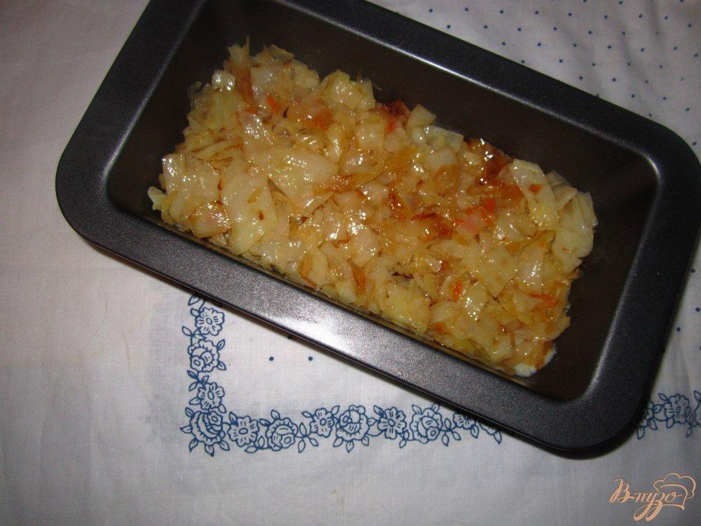 Фото приготовление рецепта: Картофельная запеканка с капустой шаг №3