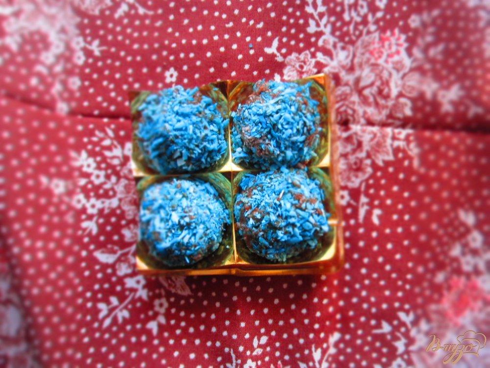Фото приготовление рецепта: Манные конфеты шаг №3