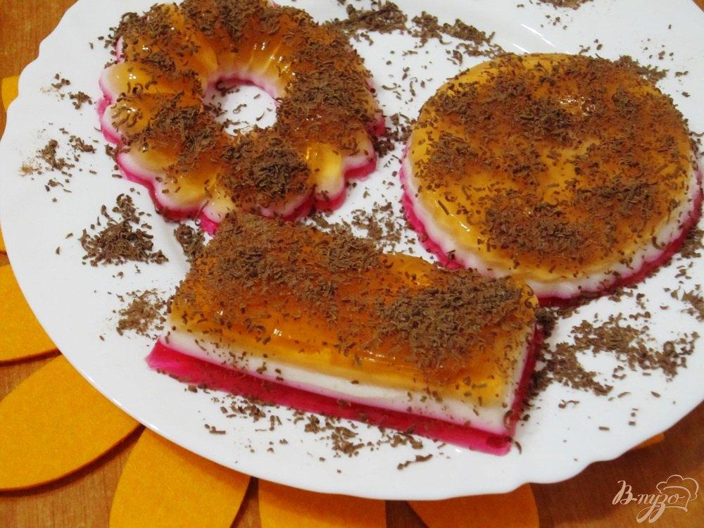 Фото приготовление рецепта: Фруктово-йогуртовое желе шаг №9