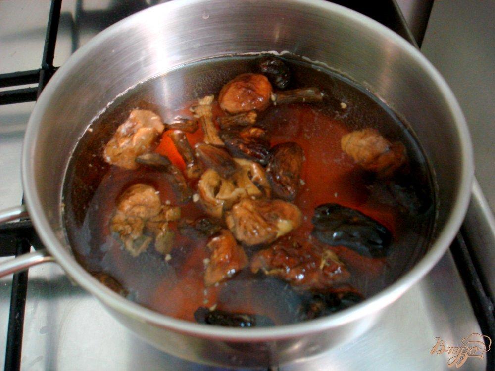Фото приготовление рецепта: Мачанка из белых грибов шаг №2