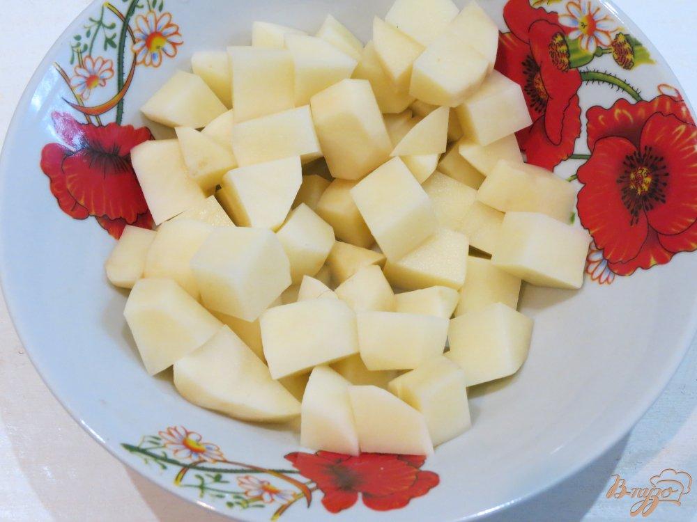Фото приготовление рецепта: Суп с морской капустой шаг №4