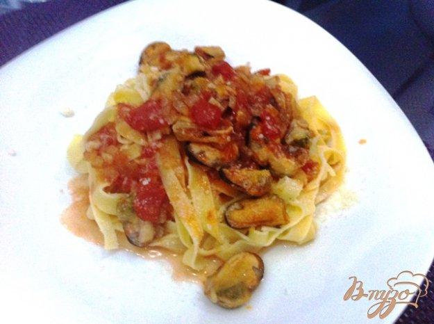 фото рецепта: Тагльятелле с мидиями в томатном соусе