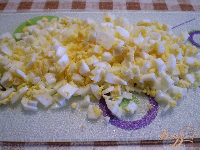 Фото приготовление рецепта: Суп кукурузный с яйцом и зеленью шаг №9