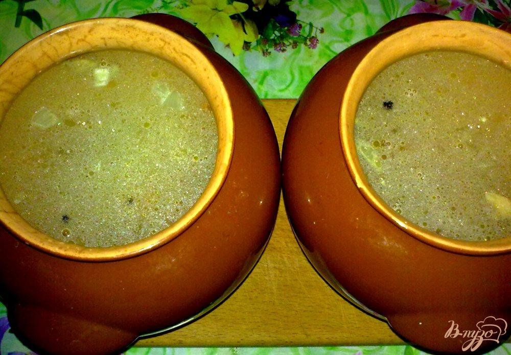 Фото приготовление рецепта: Суп макаронный в горшочке шаг №4