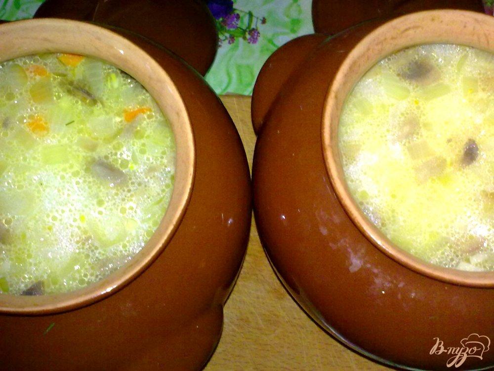 Фото приготовление рецепта: Суп макаронный в горшочке шаг №6