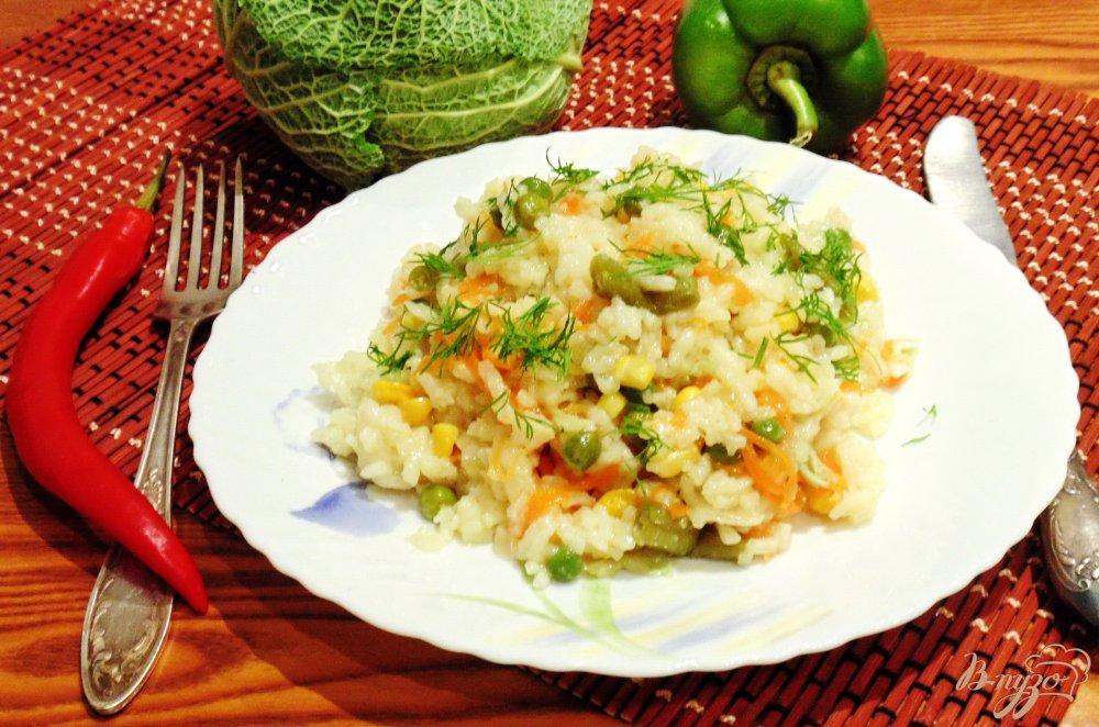 Фото приготовление рецепта: Рис с овощами шаг №6
