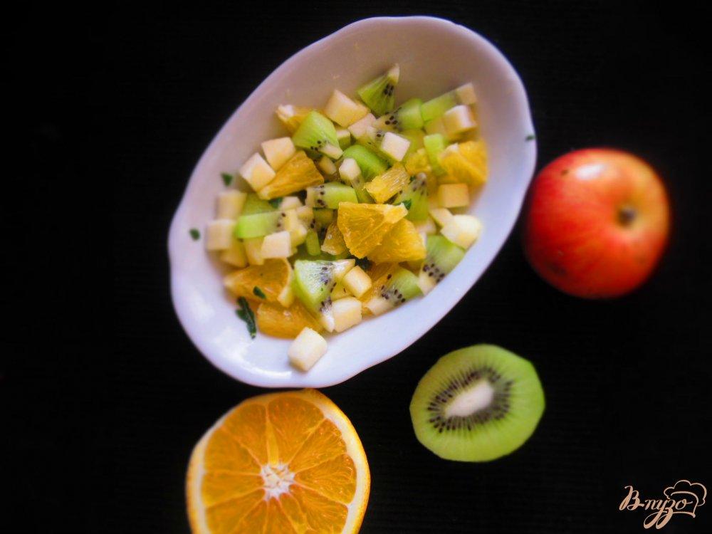 Фото приготовление рецепта: Стейк горбуши с фруктовой сальсой шаг №2